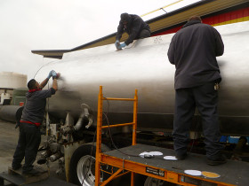 trucks 007 280x210 Tank Polishing
