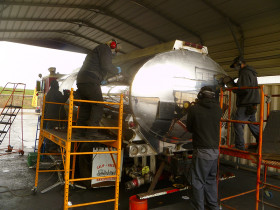 trucks 031 280x210 Tank Polishing